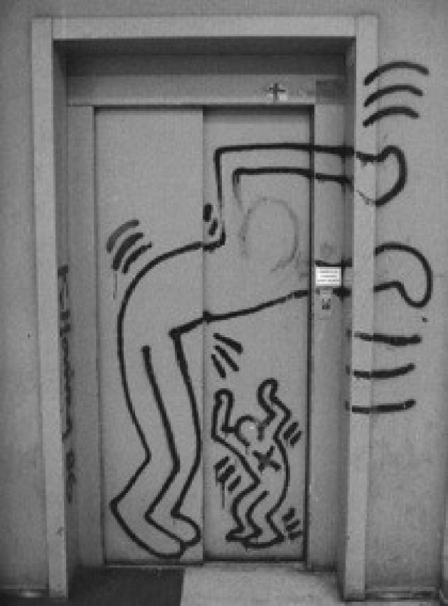 Keith Haring lift door of the art school in Utrecht (now HKU Utrecht University of the Arts) before restoration (foto Keith Haring Foundation)