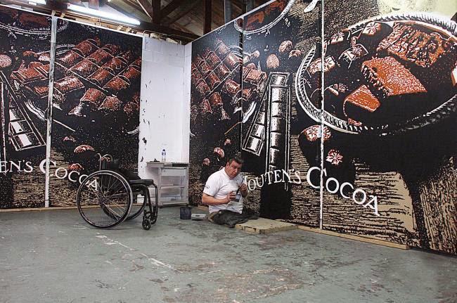 Rob Scholte in zijn atelier, Egmond aan den Hoef, 2009 (foto Hans de Bruijn)