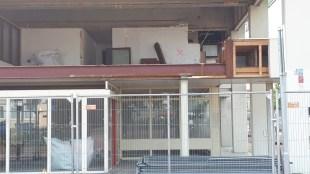 De sloop Rob Scholte Museum is onder het mom van asbestverwijdering begonnen !!! (foto Jos Kuipers)