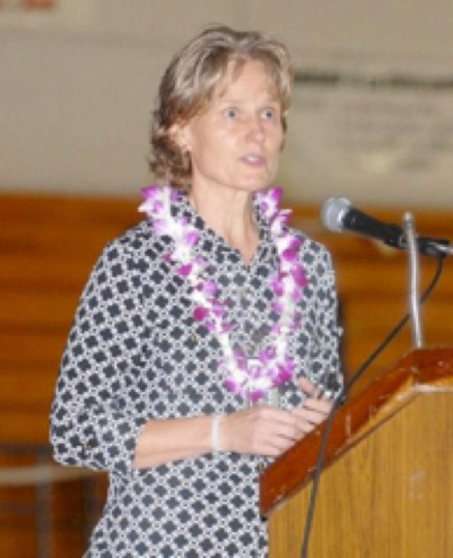 De-benched Elisabeth Strance (foto Before It's News)