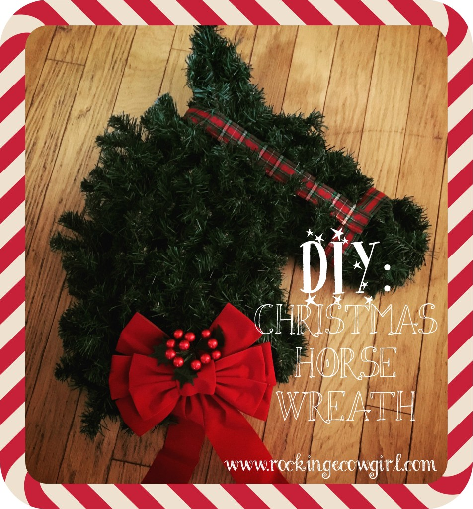 diy christmas horse wreath - Horse Christmas Decorations