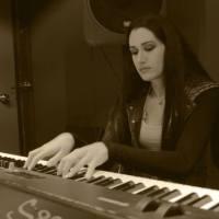 """Νάγια Γρανά: Ακούστε τις υπέροχες εκτελέσεις του """"Master Of Puppets & """"Orion"""" των METALLICA παιγμένες με ενα πιάνο"""