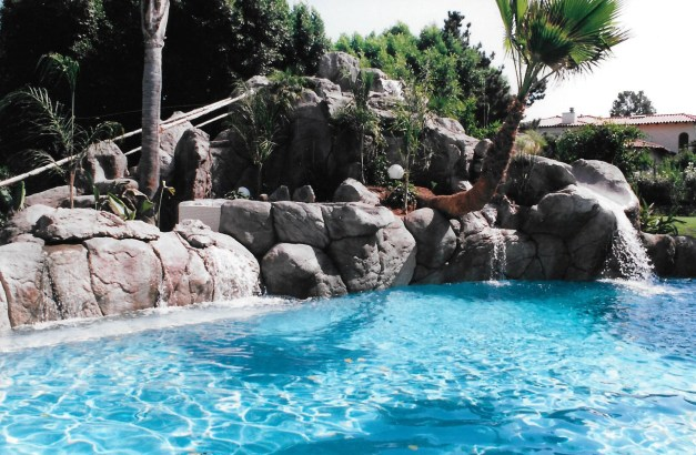 swimming pools fish ponds (24)