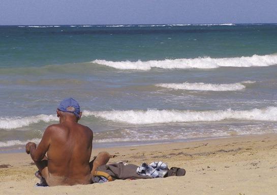 hvordan kuber til video nøgne kvinder på stranden