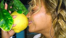 Beyonce smelling a lemon