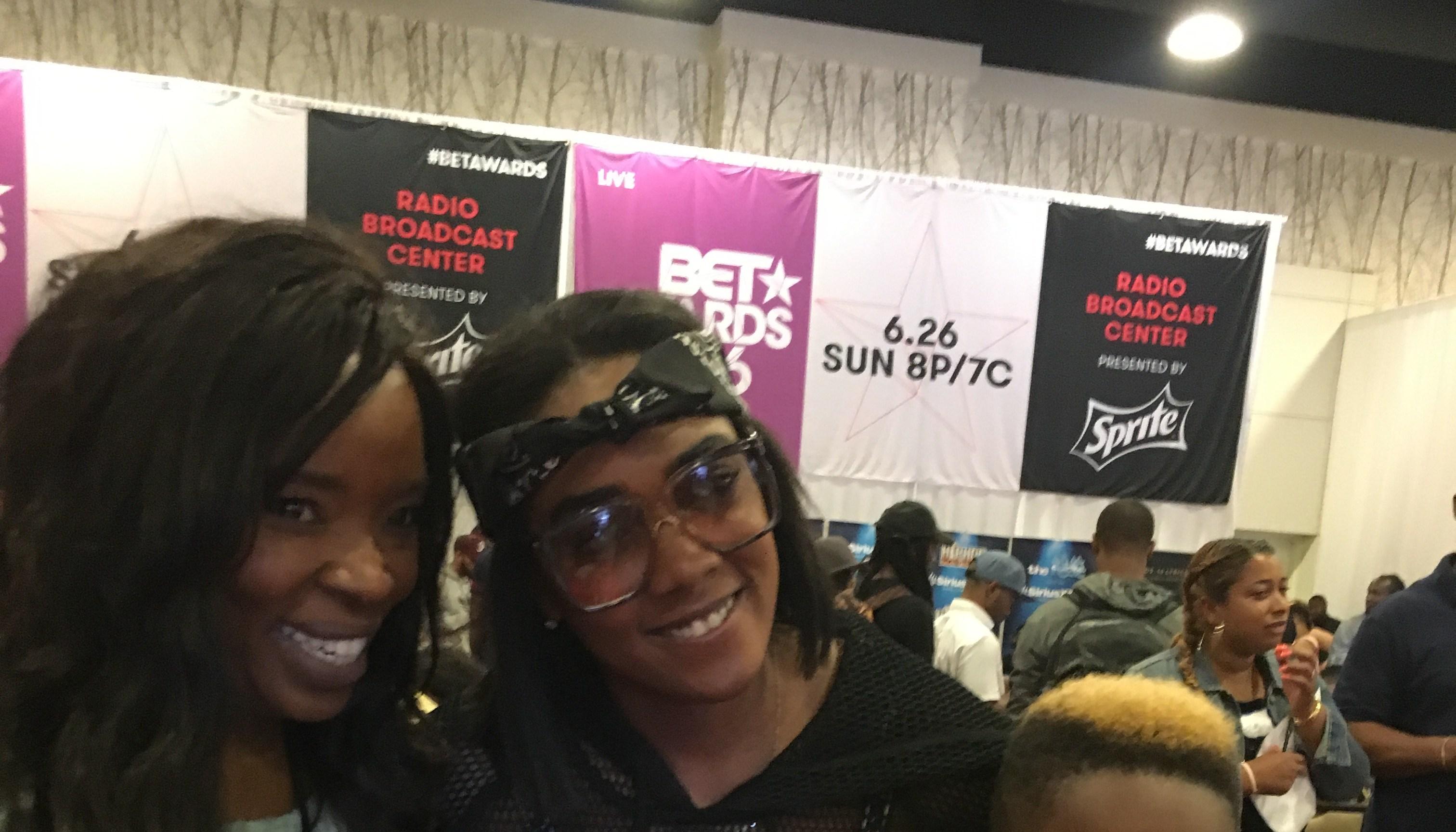 Veda Loca and Ingrid at BET Awards 2016