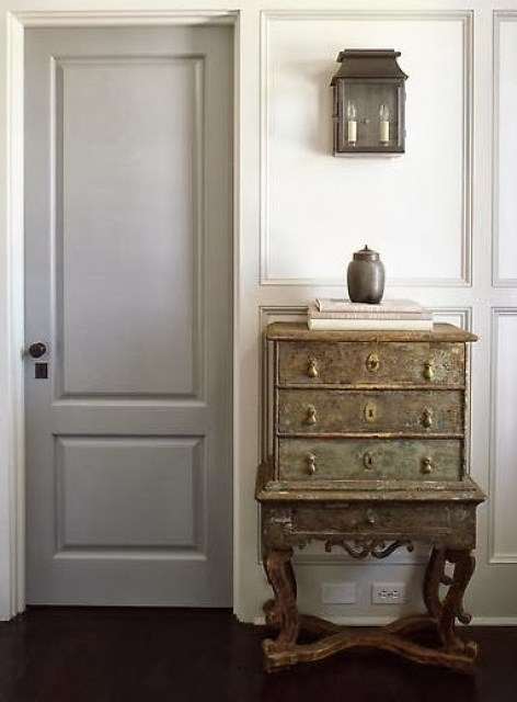 Grey painted interior doors rooms for rent blog for Painted interior doors