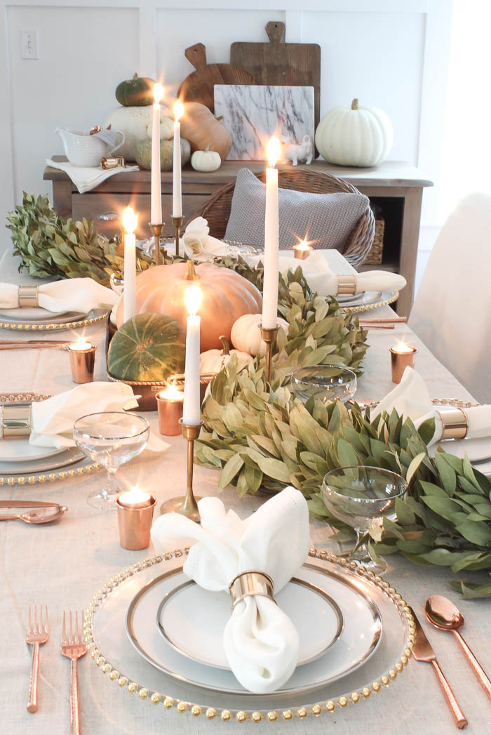 Fall farmhouse tablescape rooms for rent blog for Tablescape decor