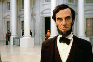 Lincoln_close_up.jpg