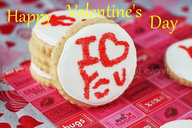 Valentine's Day Cookies | roxanashomebaking.com