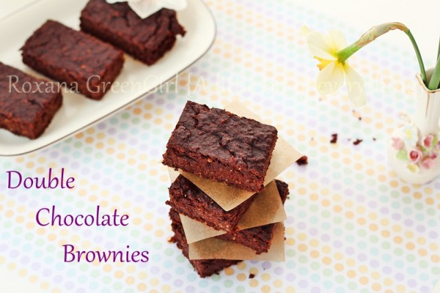 Double Chocolate Brownies   roxanashomebaking.com