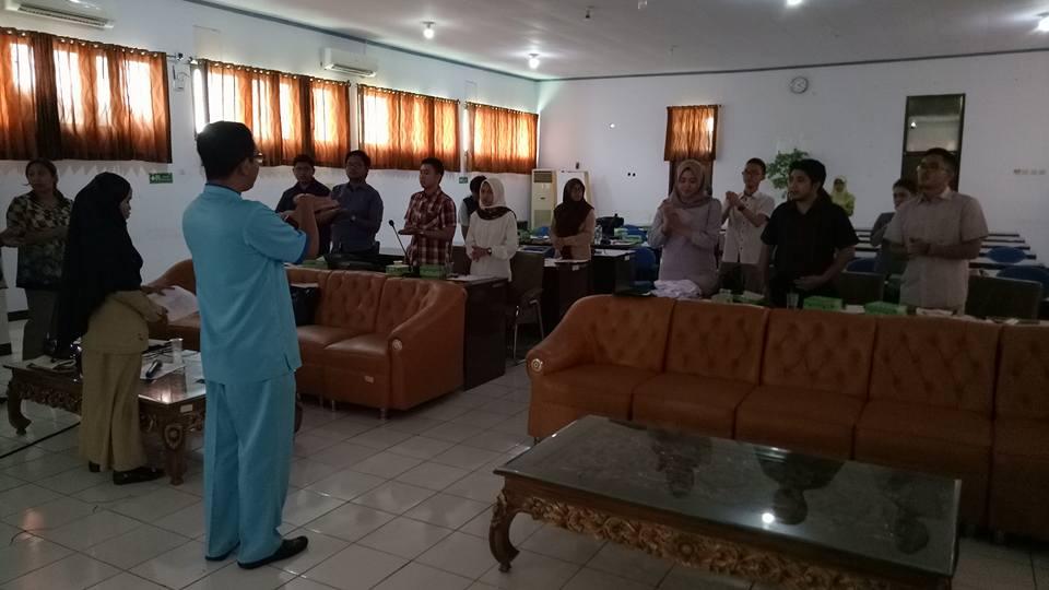 Sosialisasi Cuci tangan Oleh IPCN kepada dokter internship yang akan bertugas di RSUD Madani