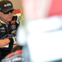 NSCS: Kevin Harvick Blows Motor While Leading in Pocono