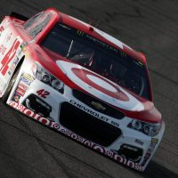 MENCS: Kyle Larson Lays Fastest Lap in Opening Practice