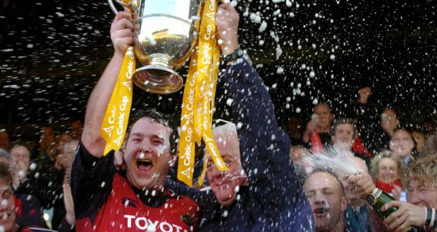 Glasgow Warriors Pay Tribute To Anthony Foley