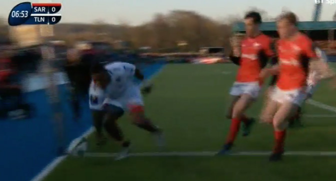 Watch: Toulon Winger Commits The Biggest Howler We've Ever Seen