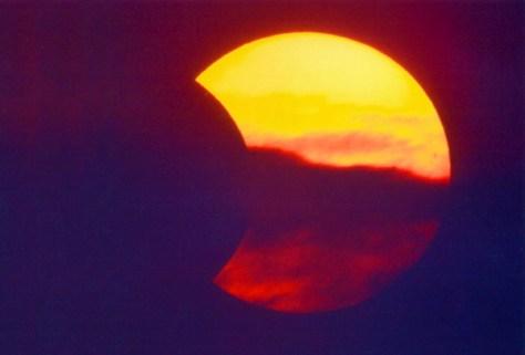Hier eine Archivaufnahme einer Sonnenfinsternis. Foto: Pellengahr