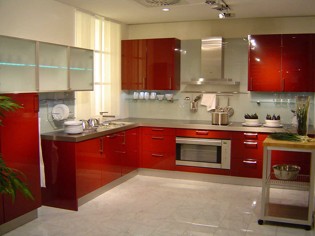lemari kitchen set dapur warna merah