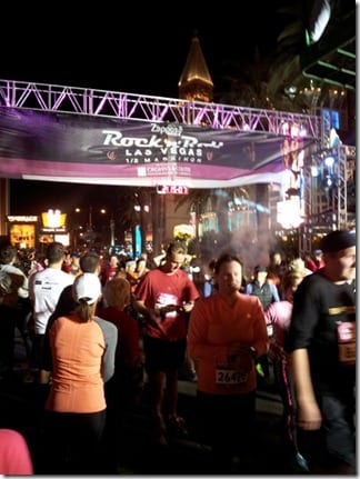 20121202 184511 600x800 thumb Rock N' Roll Las Vegas Half Marathon Recap / Review
