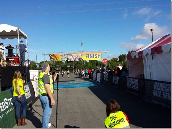 pcrf half marathon finish line 800x600 thumb PCRF Half Marathon Results and Recap WITHOUT a watch