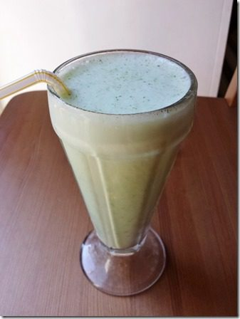 skinny shamrock shake with broccoli or spinach 600x800 thumb Broccoli In A Smoothie?!