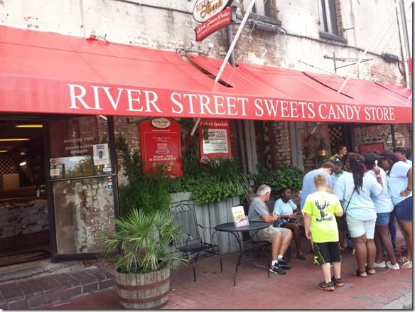 river streets candy 800x600 thumb I'm on a Flyer at Fitbloggin