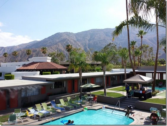 palm springs groupon hotel 2 800x600 thumb Last Minute Road Trip to Palm Springs