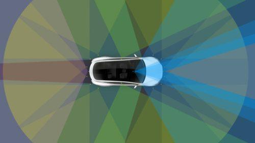 Tesla начала выпуск машин с полноценным автопилотом