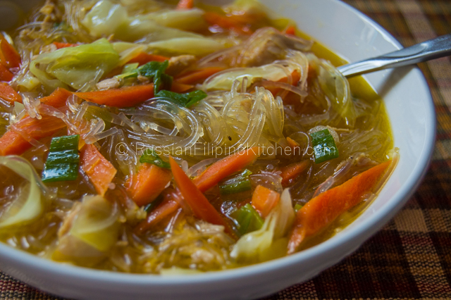 Chicken sotanghon soup russian filipino kitchen chicken sotanghon soup forumfinder Images