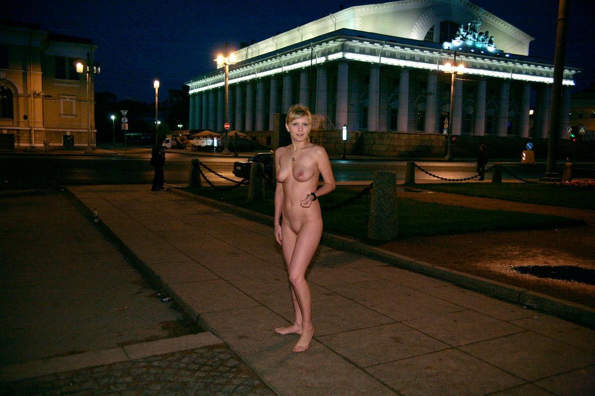 sister walks around naked