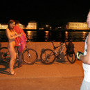 Naked Inna with Peter the Great at the night city