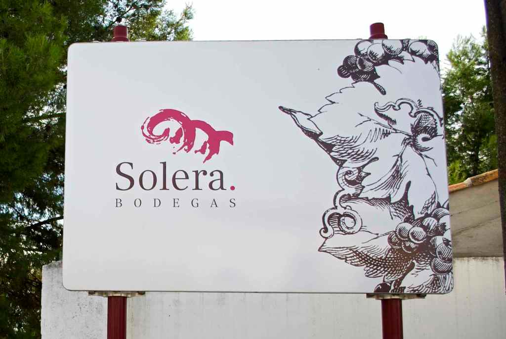 Solera Bodegas Sign