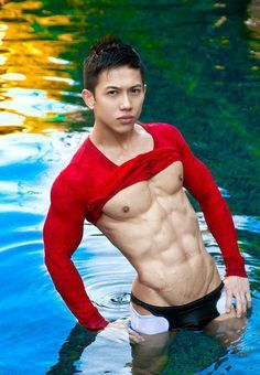 gay pinoy muscle