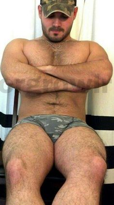 guys in boxer briefs bulge