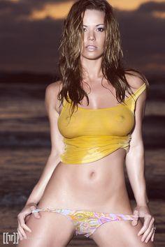 big boobs wet t shirt