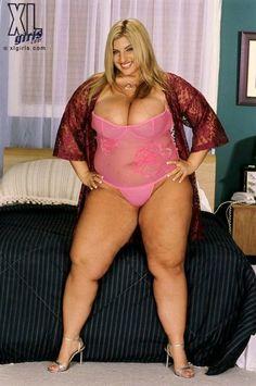 sexy thick curvy woman