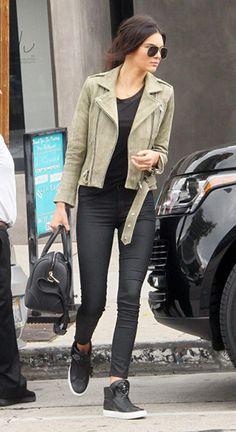 Kendall Jenner Leavi