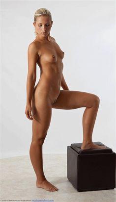 nude college anatomy class