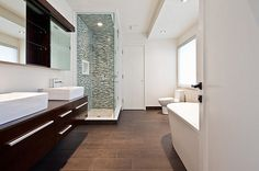 Porcelain tile with