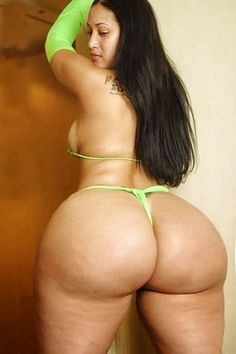 thick arab booty