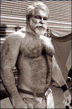 hot dad bulge