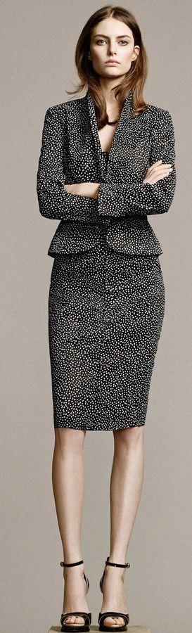 Un estupendo estilo que proyecta poder femenino. Nina Ricci Resort, 2015.: