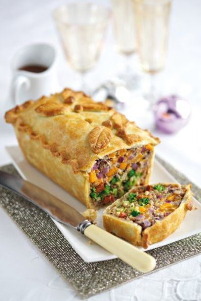 Leek, squash and broccoli pie - Main course - Vegetarian & Vegan Recipes | Vegetarian Living magazine (with a vegan option):