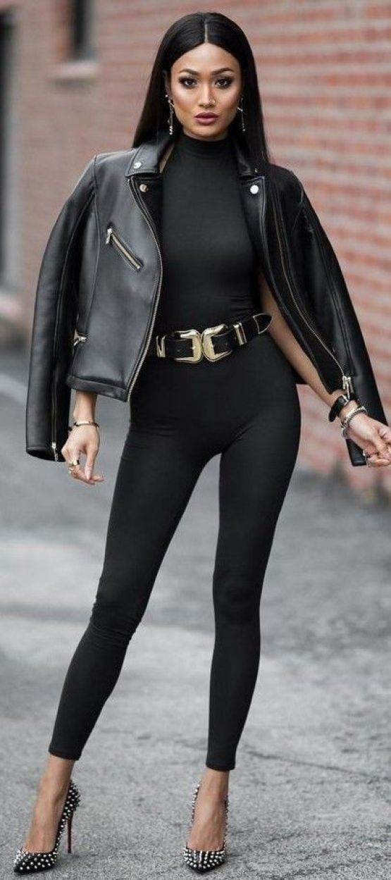 All Everything Black Catwoman Outfit Idea | Micah Gianneli: