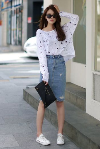 She manages to make everything look so sweet and causal!: