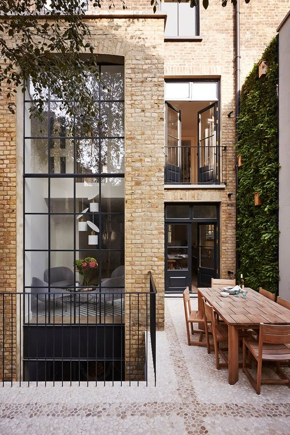 Updated curb appeal #design of a #London townhouse in Notting Hill: