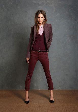 Un estilo clásico pero muy actual aportando feminidad. Colores de temporada: burdeos y rosas. // Preppy Style  Más consejos de estilo y de imagen en www.silviafoz.com: