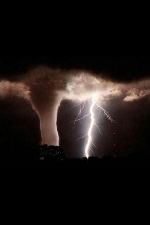 tornadic_storm