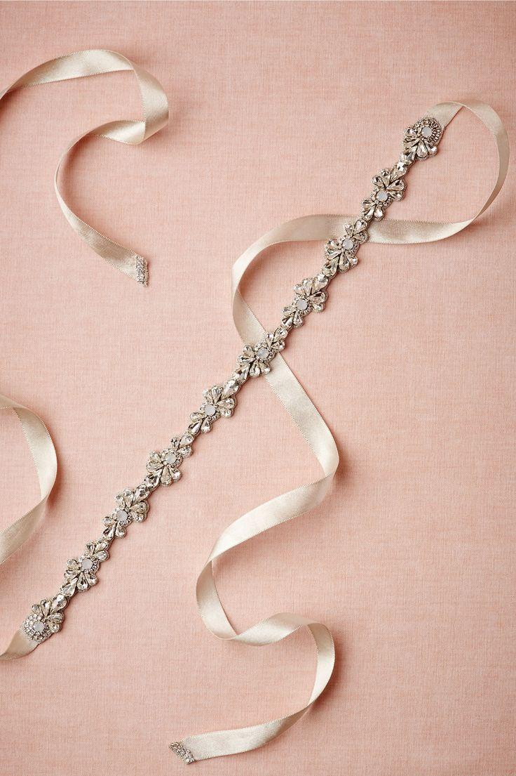 bridal accessories wedding dress accessories 25 Best Ideas about Bridal Accessories on Pinterest Wedding jewellery accessories Wedding accessories and Wedding dress accessories