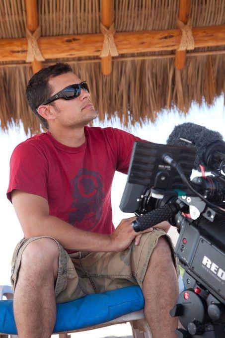 Talking Travel with Scott Wilson - Travel Show Host, Pilot, & Adventurer
